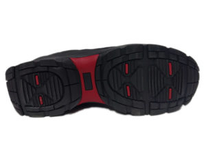 Зимние Adidas Climaproof Low черные - фото подошвы