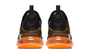 Nike Air Max 270 черные с оранжевым (40-44)