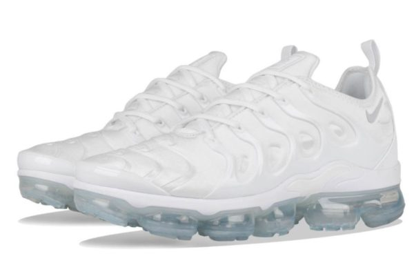 Nike Air VaporMax Plus White белые (35-44)