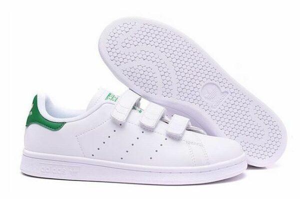 Женские кроссовки Adidas на липучках