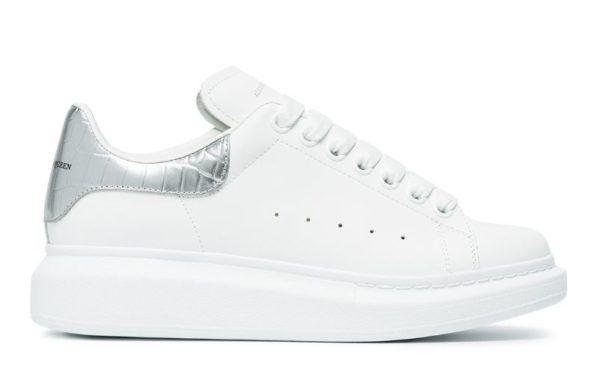 Серебряные кроссовки Alexander McQueen
