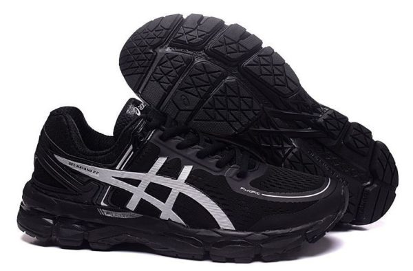 Asics Gel Kayano 22 (Black/Silver) черные (40-44)