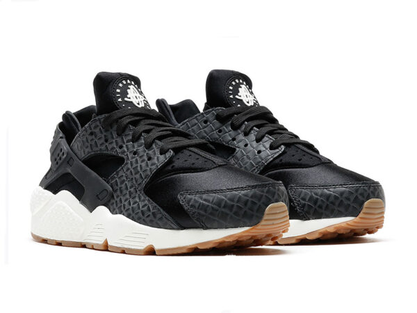 Nike Air Huarache Run Premium черные женские (35-40)