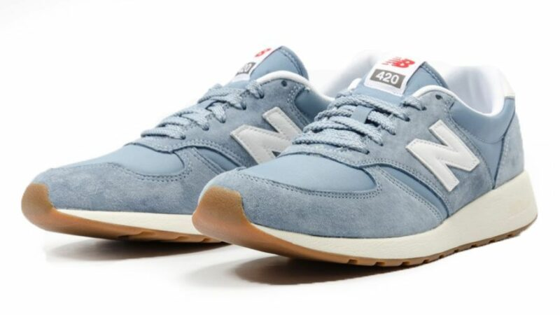 New Balance 420 светло-голубые с белым (40-43)