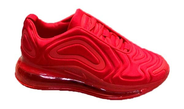 Красные кроссовки Nike