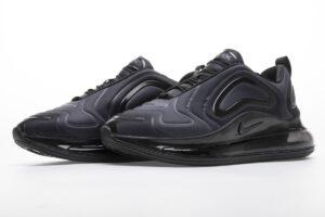 Nike Air Max 720 black (35-39)