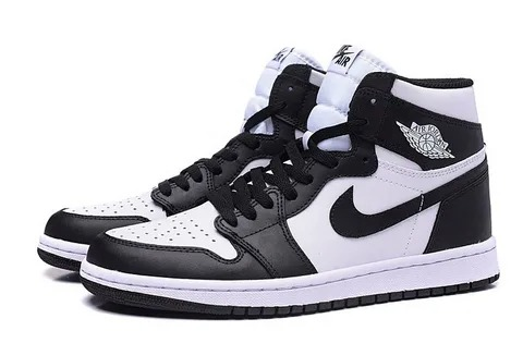 Зимние Nike Air Jordan 1 Retro с мехом черно-белые (35-44)